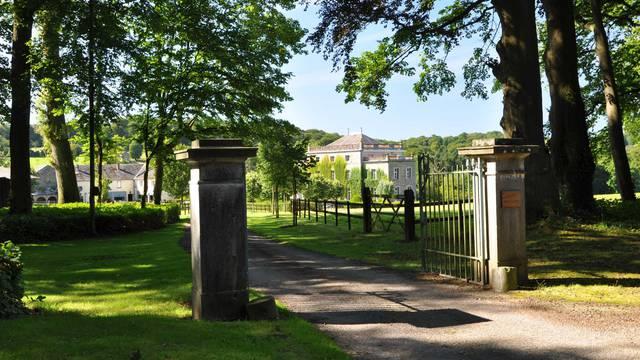 Entrée du Château Saint-Fontaine